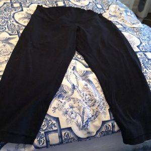 Lululemon cropped black leggings size 10